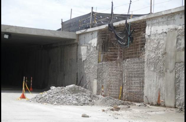 as obras en el túnel no se detienen y las reparaciones continúan.