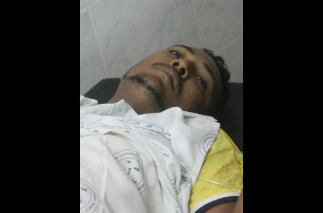 Joiner Amador fue llevado a la Clínica Madre Bernarda tras ser baleado por un policía, que lo señalaba de hurtar un celular.