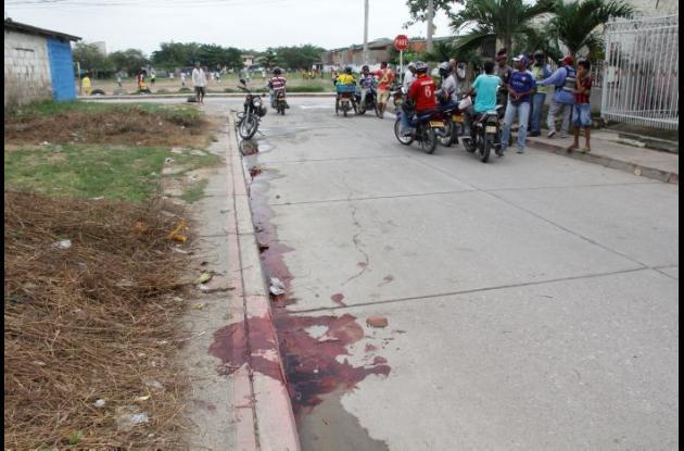 Calle Jorge Eliécer Gaitán de Viejo Porvenir, donde policía hirió a Yoiner Amador, señalado de atracar a un taxista.
