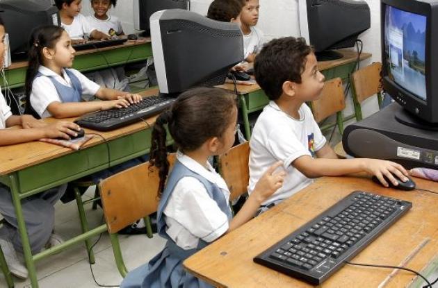 Herramientas tecnológicas de colegios oficiales