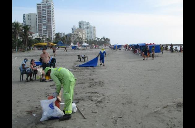 pacaribe, limpieza de playas