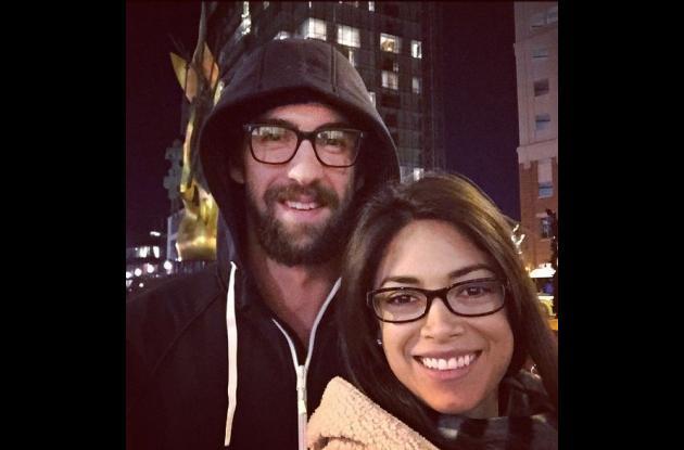 Michael Phelps y su novia.