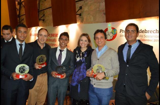 José Manuel Tabares, Rafael Pertuz, Jharol Damián Salgado, María Lucía Fernández, Emilio Flérez y José David Hernández.