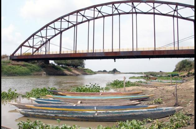 El puente Guayepo se encuentra inconcluso, le hace falta una cabecera para conectar con la vía de San Marcos.