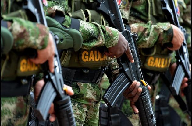 El Gaula del Ejército anunció la captura de tres guardas de seguridad por extorsión.