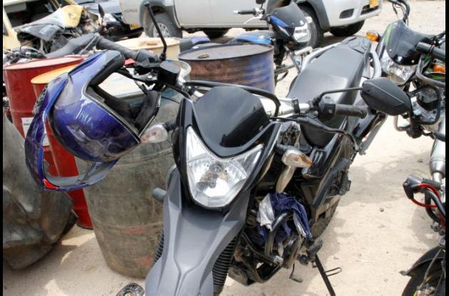 Kaor Echeverry Pérez murió cuando iba en su moto y fue arrollado por un carro en la vía La Cordialidad.