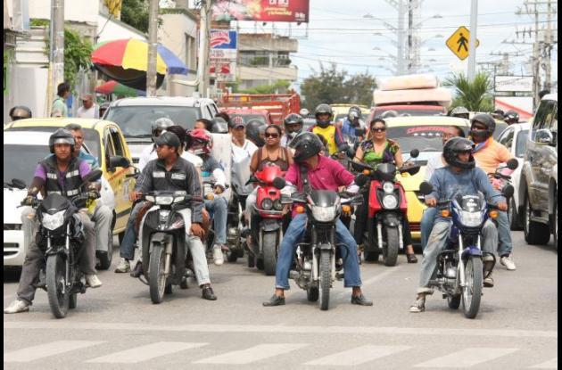 Motociclistas con el SOAT vencido dicen que no se está expidiendo este en Sincelejo.