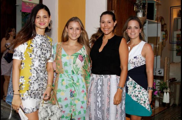 Vanessa Rosales, Karina Escalante, Vilma Villadiego y Laura Pereira.