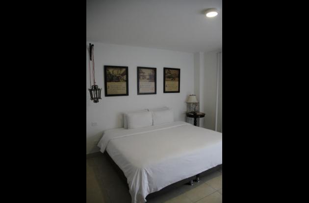 Homenaje a Eduardo Lemaitre.hotel tematico en cartagena Kartaxa
