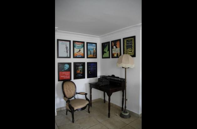 Habitación en Homenaje a Gabo.hotel tematico en cartagena Kartaxa