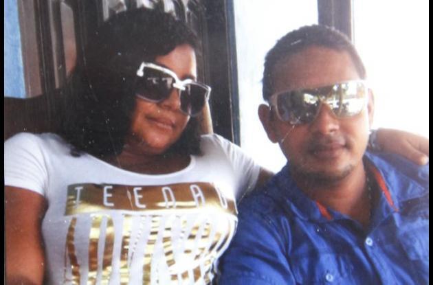 Adela Martínez Villa murió y su marido Griselio Vega Castilla resultó herido. Este último está internado en una clínica en Cartagena.