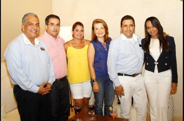 Esteban Reynoso, Álvaro Garzón, Viviana Flórez, Gina Barros,  Humberto Rendón  y Adriana Martínez.