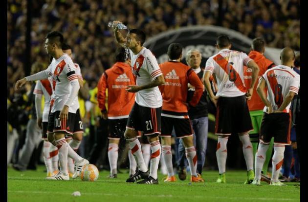 Jugadores de River Plate luego del incidente en el superclásico disputado en la Bombonera.