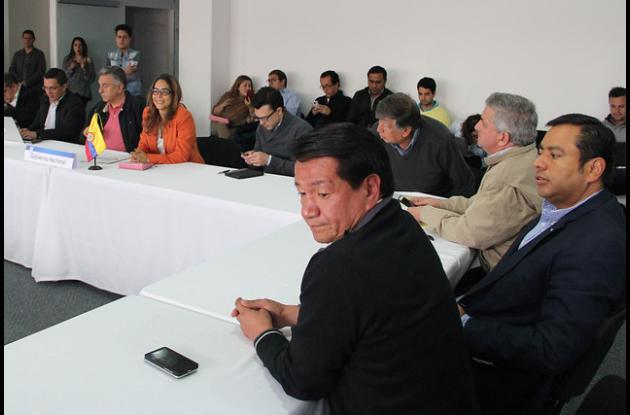 mesa de diálogos maestros- Gobierno.