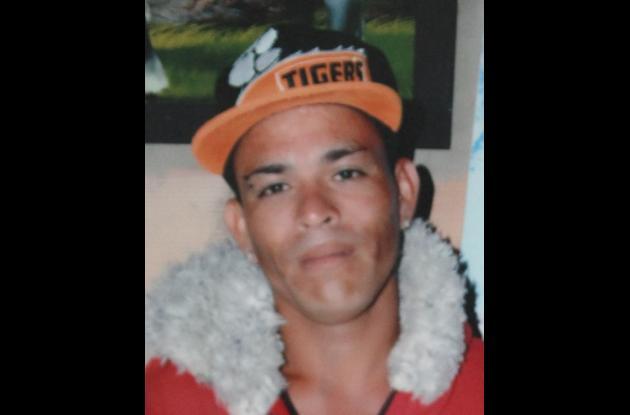 Óscar Rivera Martínez. Asesinado en Olaya Herrera.