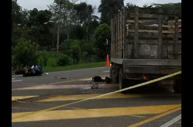 Arturo Moscote murió y su primo Henry Martínez quedó herido en accidente en Arjona.