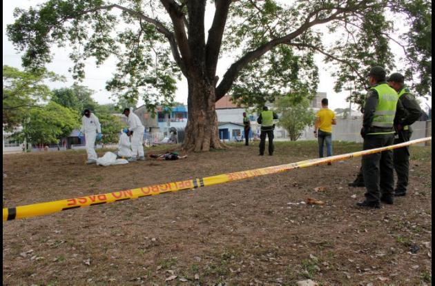 A Jorge Villa Castro lo hallaron muerto junto a un gran árbol, detrás de la Villa Olímpica, en Olaya Herrera. Caso Jorge Villa.