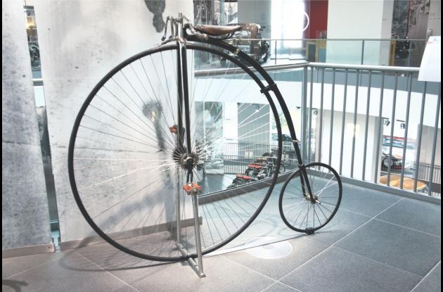 Penny-Farthing, la bicicleta ordinaria.