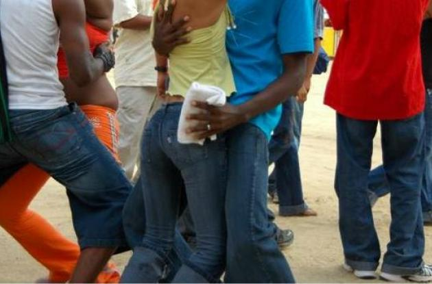Piden regular bailes eróticos y sexuales en Cartagena