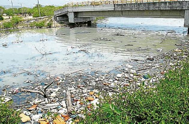 Contaminación control ambiental Perimetral Cartagena