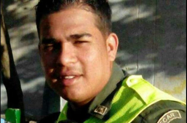 El patrullero Alexander Rodríguez murió días después de que una camioneta lo arrollara en el Pie de La Popa, cuando iba en moto.