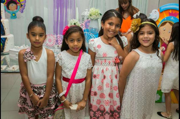 Gabriela Morroquín, Vivian Rodríguez, Mariana Sánchez y María Camila Garcés.