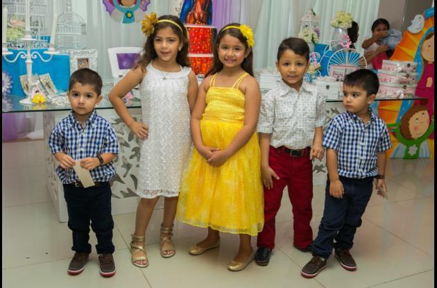 Emiliano Orozco, María Paula Garcés, Isabella Cabaleiro, Sebastián Marrugo y Sebastián Orozco.
