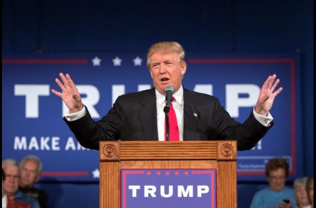 Donald Trump visita frontera con México