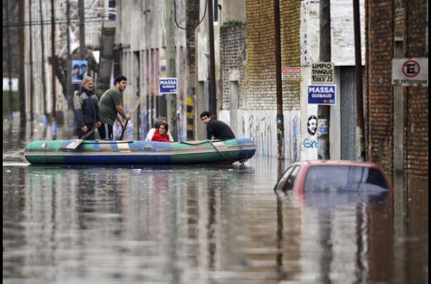 Inundaciones por fuertes lluvias en Argentina.