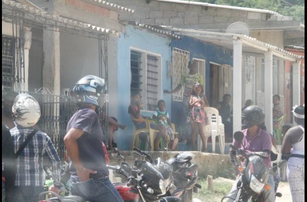 El crimen ocurrió en la calle 47 de Paseo Bolívar, en la casa de la víctima. Se cree que los agresores viven en el mismo sector. Milton García es la persona asesinada.