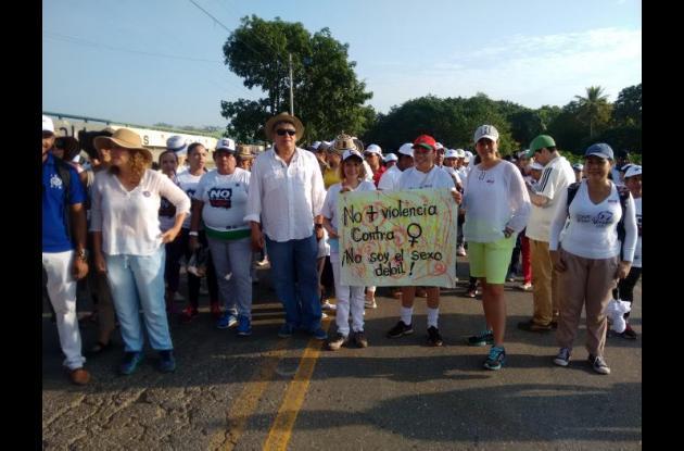 Marcha de mujeres hacia El Salado