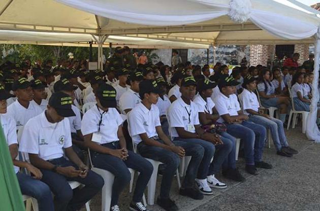 Los niños fueron formados por la Policía Metropolitana y ETCAR.guardianes de l patrimonio cartagena