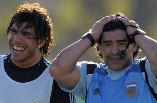 Maradona y Tevez.