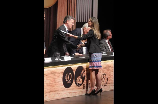 Camila Zuluaga . Ganadora premio Simón Bolívar.