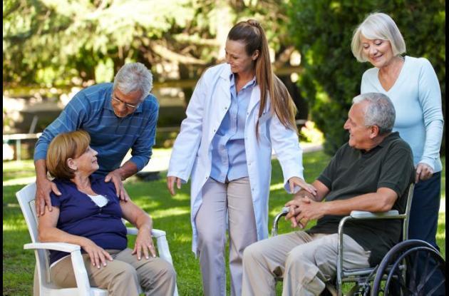 El acompañamiento familiar es muy importante para que los pacientes que sufren de estas demencias tengan una mejor calidad de vida y una enfermedad más llevadera.