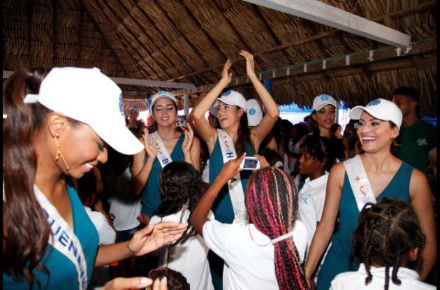 reinas concurso nacional de belleza señorita colombia 2015 VISITA A TIERRABOMBA