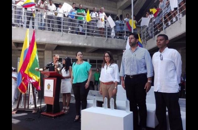 Mineducación entrega colegios en Cartagena.