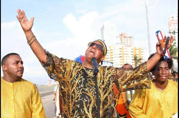 Disfraz de Joe Arroyo. fiestas de la independencia cartagena 2015