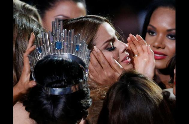 Ariadna Gutiérrez llorando por lo ocurrido.