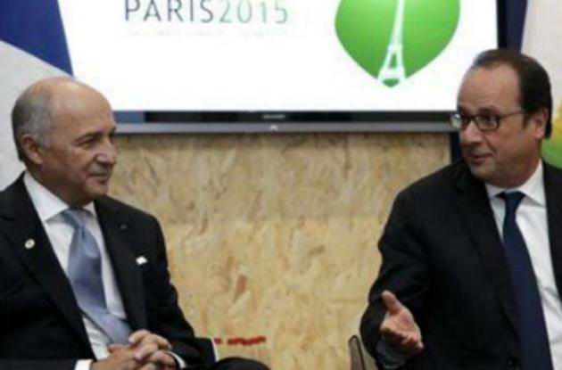Fabius y Hollande en la Cumbre del Cambio Climático