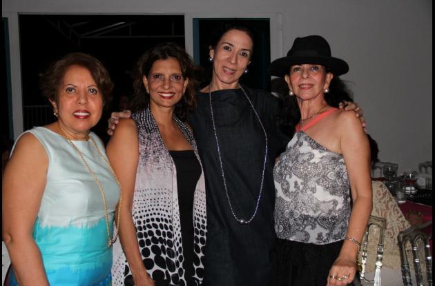 Judith Alvear de Martelo, Sady de Raad, Rosario Campanella y María Teresa Vélez.