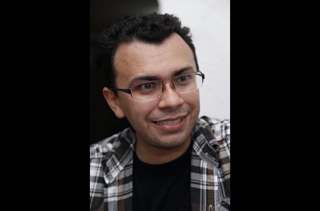 Jean Carlos es administrador del grupo