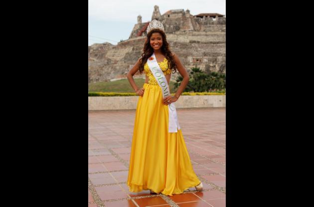 Roció días antes de viajar a República Dominicana para el Reinado Mundial del Oro.