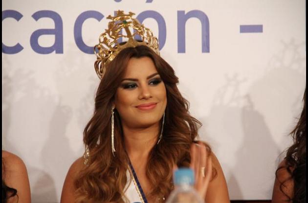 El presidente Juan Manuel Santos se pronunció sobre el ridículo sin precedentes en que terminó la edición 2015 de Miss Universo en la noche de este domingo en la ciudad de Las Vegas, donde Ariadna Gutiérrez tuvo la corona por tan sólo unos minutos.