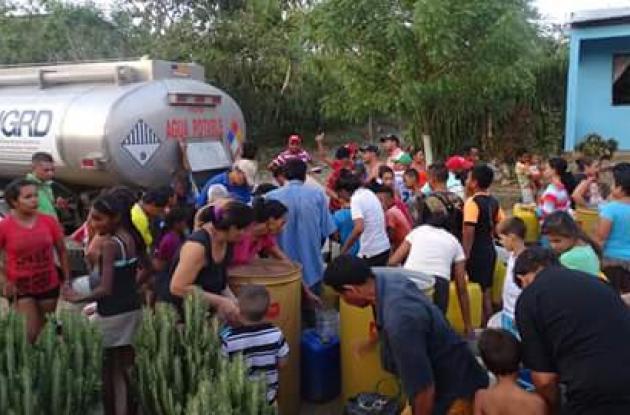 Con carrotanques se ha mitigado los problemas causado a raíz de la sequía.