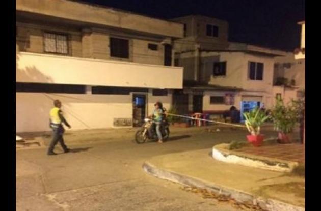 El comerciante Gonzalo Peñuela fue baleado por un delincuente cuando estaba en una panadería, en la carrera 67 de Chipre. Murió instantes después en una clínica.