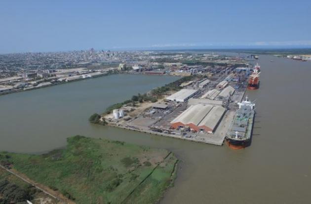 Debido a la inflencia que el Mar Caribe ejerce sobre el caudal del río Magdalena en su desembocadura, los puertos de Barranquilla no han sentido mucho el impacto de la sequía.