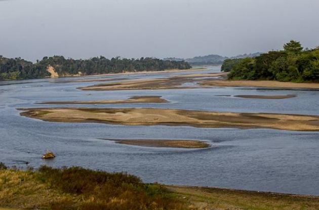Sequia en el río Magdalena a la altura del municipio de Puerto Triunfo