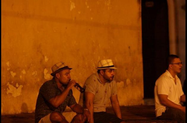 Debido a las quejas de la comunidad y al asesinato ocurrido en la madrugada del 22 de enero, en la Plaza de La Trinidad, la Alcaldía expidió un decreto que prohíbe, por tres meses la ingesta de licor en ese sitio.