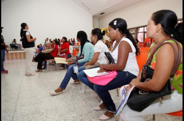 Jornada nacional de empleo para mujeres